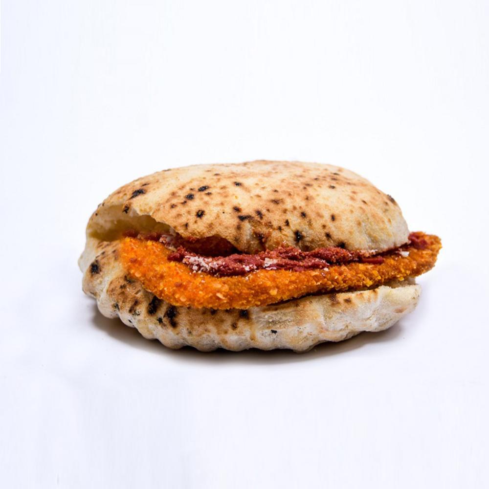 Sandwich Snitel piept de pui
